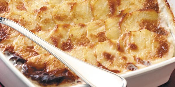 Potato gratin with Isigny Sainte-Mère Camembert