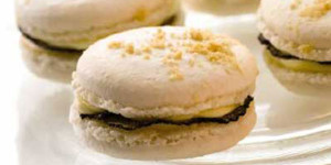 Miniature macaroons with Isigny Camembert and truffles